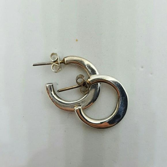 Jewelry - Small silver hoop earrings